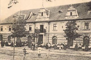 Kristály Hotel Tata