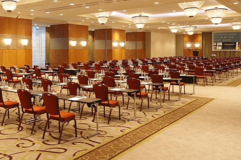 ötcsillagos konferenciaszálloda