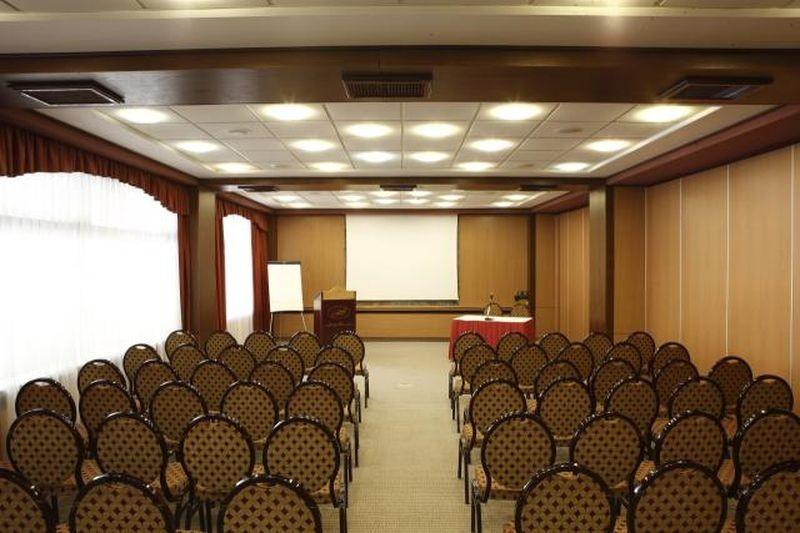 háromcsillagos konferencia hotel Budapesten