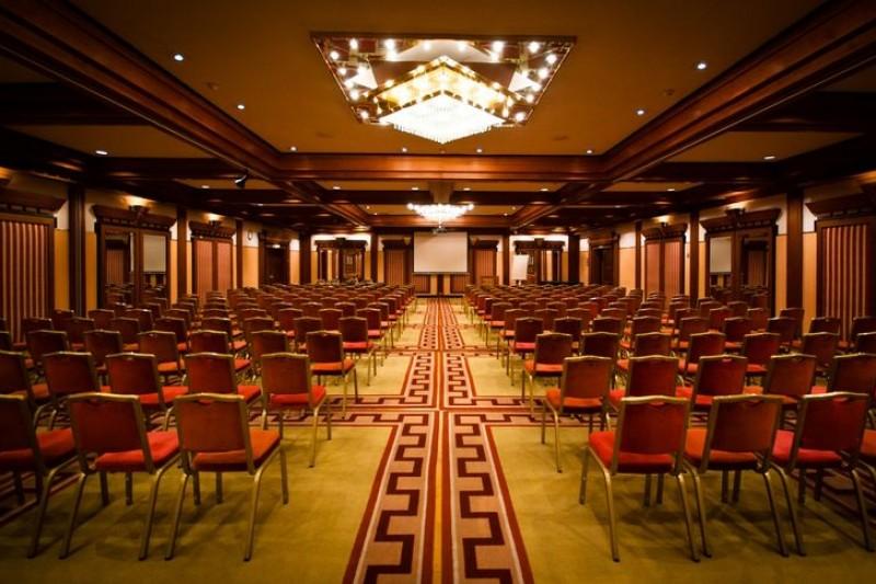 ötcsillagos konferenciahotel