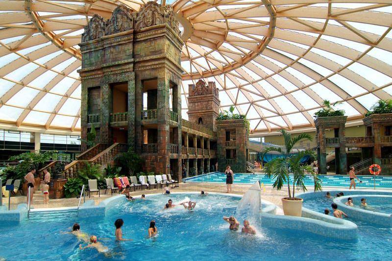 Ramada Resort & AquaWorld - Budapest