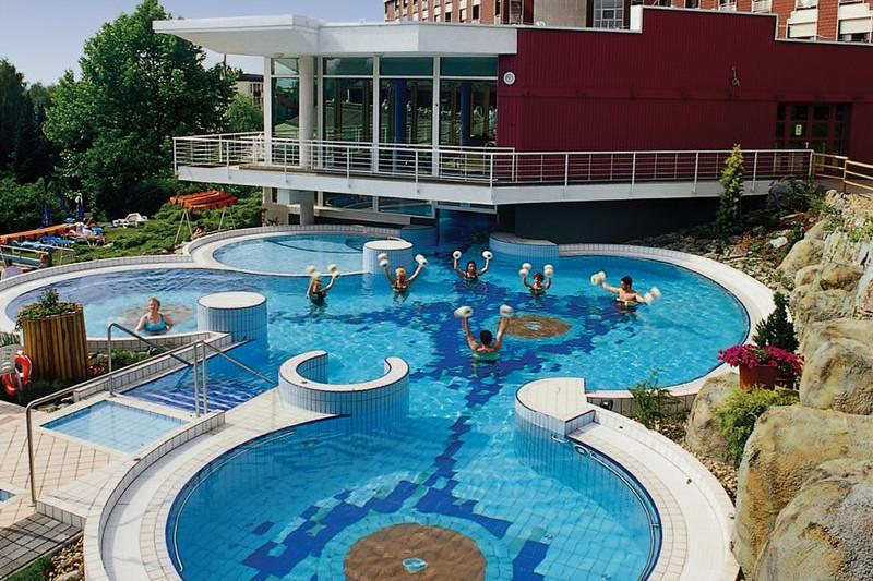 Aqua Hotel Hévíz - külső élménymedence