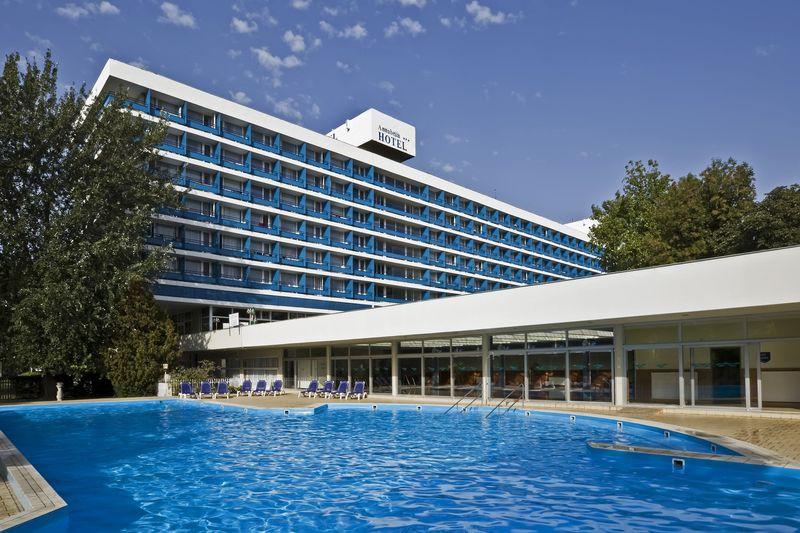 Hotel Annabella Balatonfüred - kerti úszómedence
