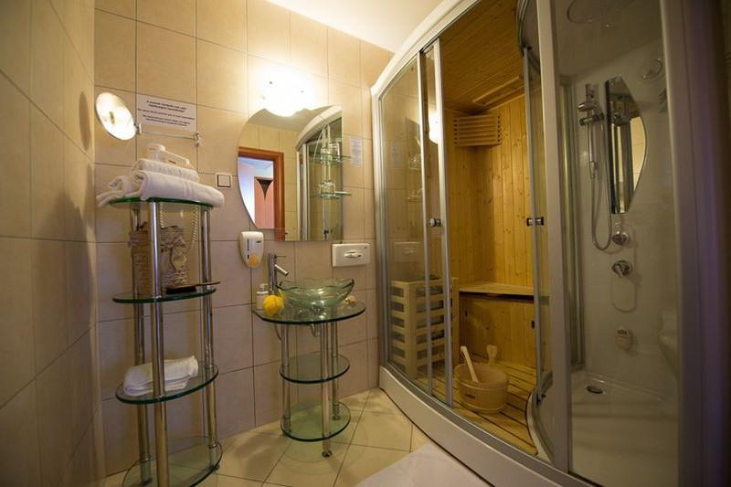 Hotel Aquarell ****  Cegléd  szoba.hu