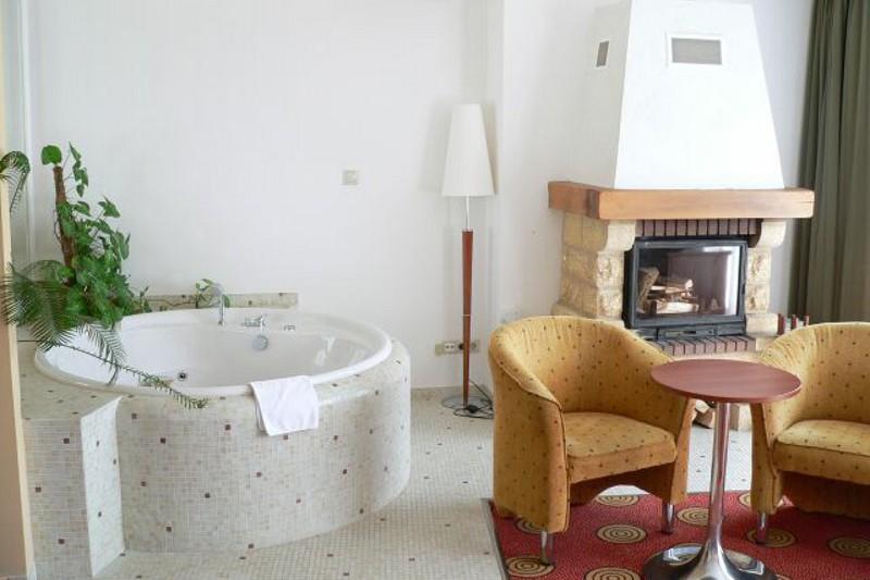 jacuzzis szállodai szoba - Hunguest Grand Hotel Galya **** Galyatető
