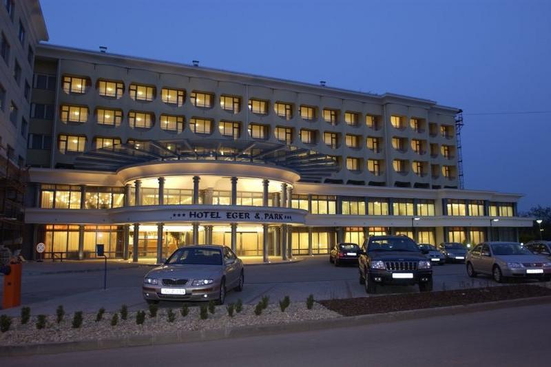 Hotel Eger Amp Park Eger Szoba Hu