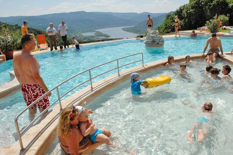Hotel Silvanus Visegrád - kültéri medencék