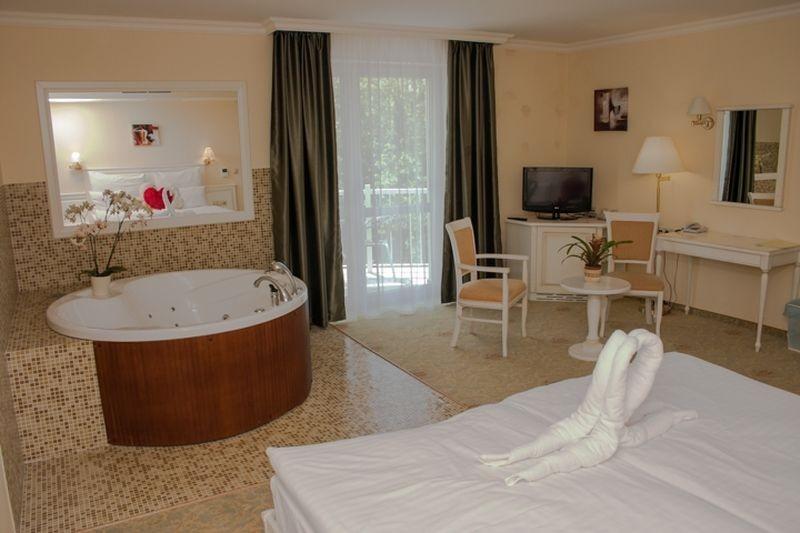 Hotel Calimbra Miskolctapolca - pezsgőfürdős szoba